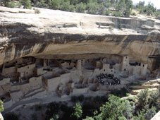R66 & Parcs Nationaux Tours - Durango, CO > Mesa Verde National Park > Bluff, UT