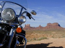 R66 & Parcs Nationaux Tours - Bluff, UT > Monument Valley > Page, AZ