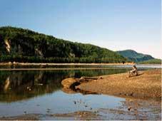 Québec Tours - Rivière du Loup, QC > Ste-Anne-des-Monts, QC