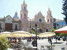 Route 40 Tours - Buenos Aires > Salta